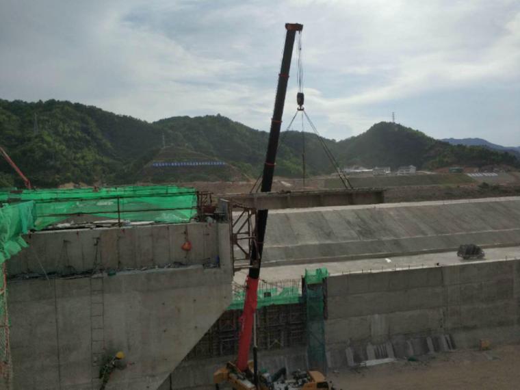[重庆]30m现浇连续箱梁满堂支架施工方案
